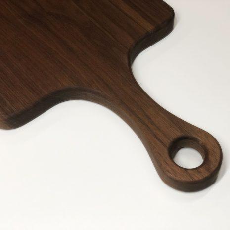 walnut-board-with-handle-4